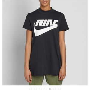 NIKE W IRREVERENT TEE New with Tags